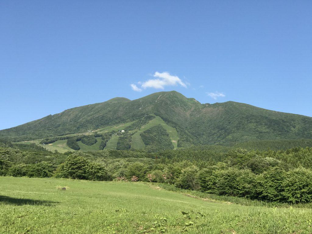 梅雨の晴れ間の秋田駒ヶ岳