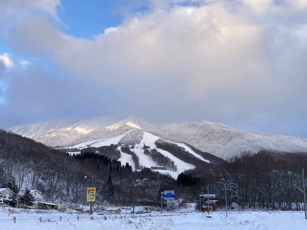 たざわ湖スキー場 12月19日オープン予定